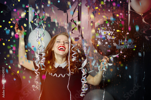 Obraz happy new year red hair women makes a party  - fototapety do salonu