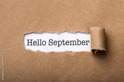 Obraz Hello September Paper Tear - fototapety do salonu