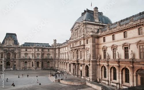 Obraz na plátně Musée du Louvre-Paris