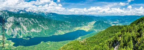 jezioro-bohinj-w-alpach-na-slowacji