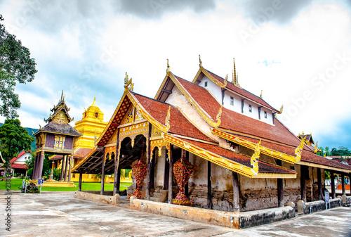 Staande foto Bedehuis Thai temple