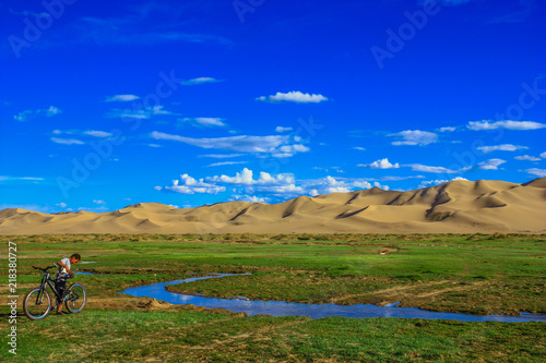 Foto op Plexiglas Donkerblauw Gobi Desert, Mongolia - one of the largest deserts in the World, characterised by hot Summers and freezing Winters, the Gobi Desert offers a great display nature, like in the Gurvansaikhan Park