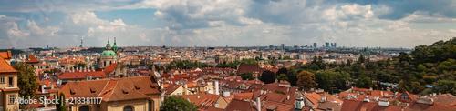 Tuinposter Oude gebouw Panorama über Prag der Tschechischen Hauptstadt
