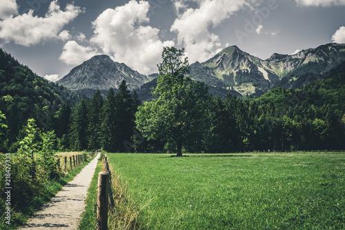 gorski-wiejski-krajobraz