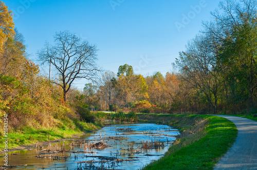 Fotografie, Obraz  Canal towpath walk