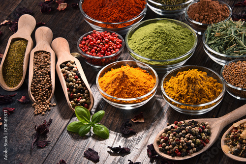 Keuken foto achterwand Kruiden Variety of spices and herbs on kitchen table