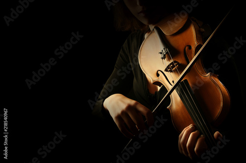 Fotoposter Muziek Violin player. Violinist hands playing violin