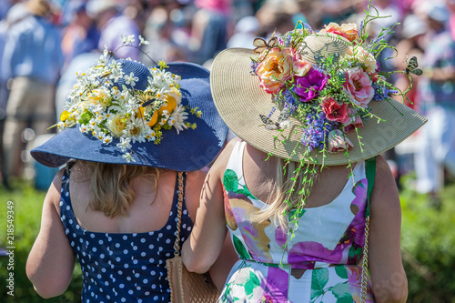 Canvas Print Women Wearing Derby Hats at Horse Race