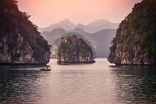 Halong Bay Boats,Sunset At Ha Long Bay Scenic View , Hanoi, Vietnam