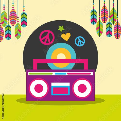 Fotografía  stereo radio vinyl disc peace and love feathers hippie free spirit vector illust