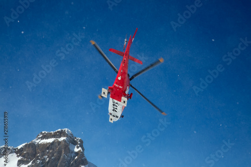 Fotomural The rescue helicopter