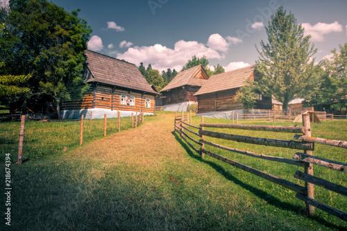 Stary tradycyjny drewniany dom, Stara Lubovna, Słowacja