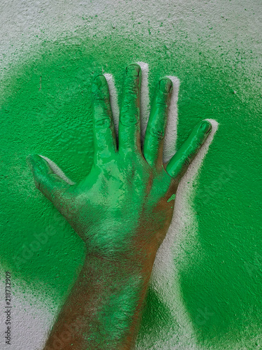Photo  Hand cliche green paint 2