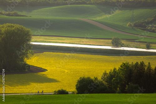 In de dag Khaki Moravian fields in spring