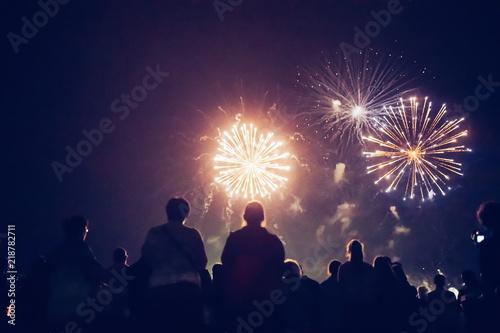 Fotografia, Obraz Crowd watching fireworks