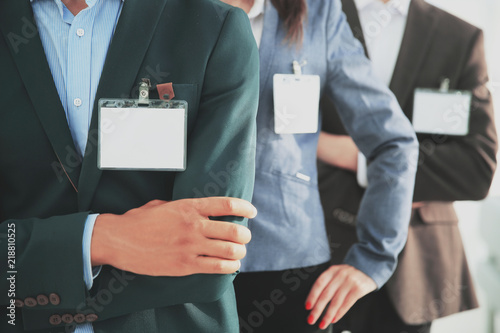 Fotografía  closeup.group of business people with blank badges
