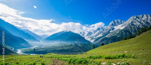 Vászonkép  Beautiful mountain view of Sonamarg, Jammu and Kashmir state, India