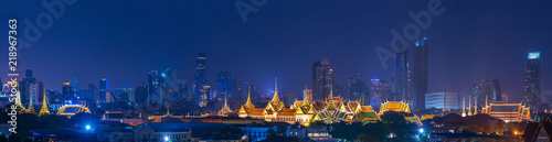 Photo scenic of panorama of night landscape grand palace of bangkok thailand