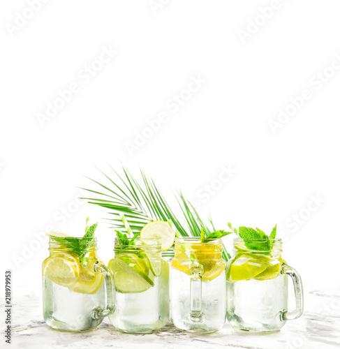 Obraz na plátně  Cold summer lemonade ice tea cocktail drink