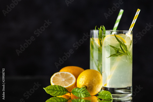 Tarragon lemonade drink