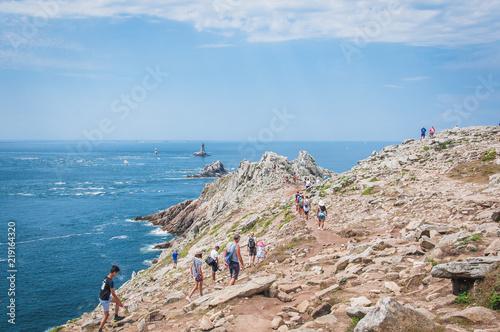 Canvastavla La pointe du raz en bretagne avec ces falaises et son phare