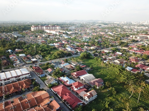 Photo Aerial view of residential and shop lot in Klang,Selangor.