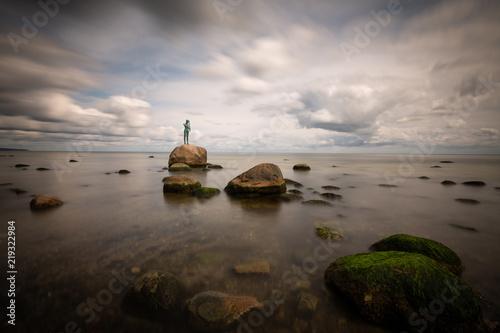 Foto  Skulptur im Meer