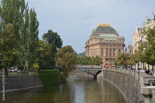 Spoed Foto op Canvas Theater Blick zum Nationaltheater in Prag
