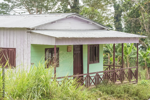 Pinturas sobre lienzo  Sao Tome, typical house in a beautiful landscape, wild nature