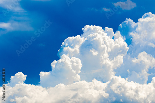 blekitne-niebo-w-lecie