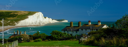 Summer afternoon light on the Severn Sisters white cliffs and the Coast Guard co Tablou Canvas