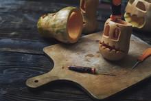 Halloween Pumpkins, Jack O'Lanterns, Carving Knifes