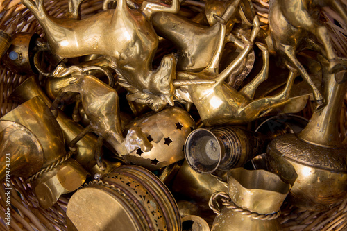 Photo Collection of brass artefacts