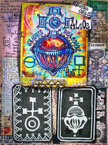 Wall Murals Imagination Alchimia e astrologia. Manoscritti con disegni e simboli alchemici, etnici, astrologici e esoterici