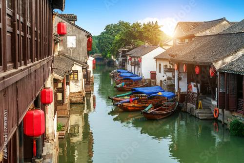 Montage in der Fensternische Shanghai Suzhou ancient town night view