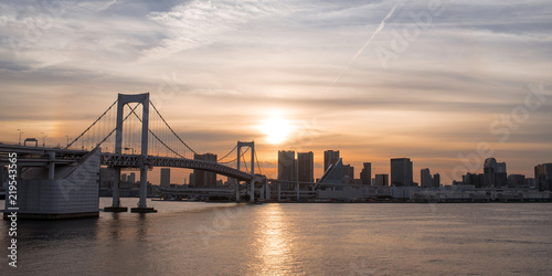 Rainbow Bridge and Tokyo skyline at sunset レインボーブリッジの夕景