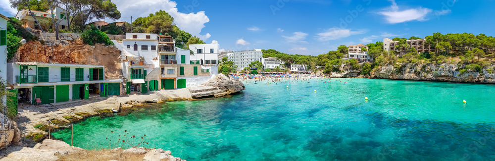 Fototapety, obrazy: Beach of Cala Santanyi in Mallorca