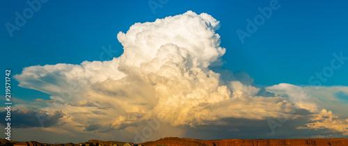 Fototapeta Cumulonimbus Cloud at Sunset obraz