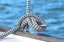Sailboat Winch And Rope Yacht ...