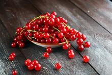 Fresh Red Currants On Light Ru...