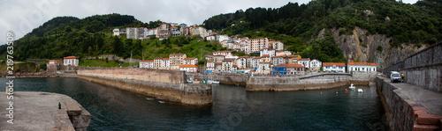 Puerto y pueblo de Elantxobe