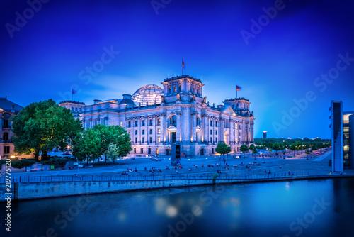 Deurstickers Centraal Europa government district in berlin, germany