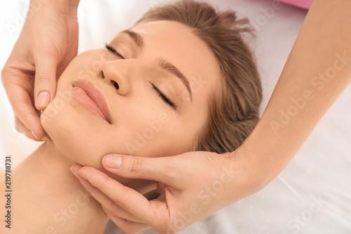 Keuken foto achterwand Spa Young woman having massage in beauty salon