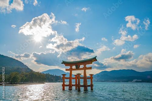 厳島神社 (Itsukushima Shrine) Fototapeta
