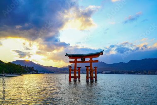 Fotografie, Obraz 厳島神社 (Itsukushima Shrine)