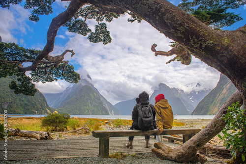 Fotografia  the scenery view of landscape of Milford Sound, the most popular and famous plac