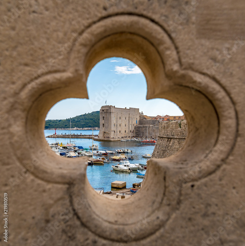 Spoed Foto op Canvas Oude gebouw View of Dubrovnik old city in summer, Croatia