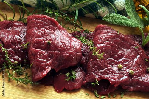 Fototapeta Feoil capall Carne di cavallo Horse meat Carne de caballo Pferdefleisch mięso końskie konjsko meso viande de ft81081978 cheval  obraz