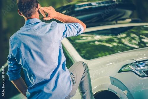 Foto  Driver Making a Call