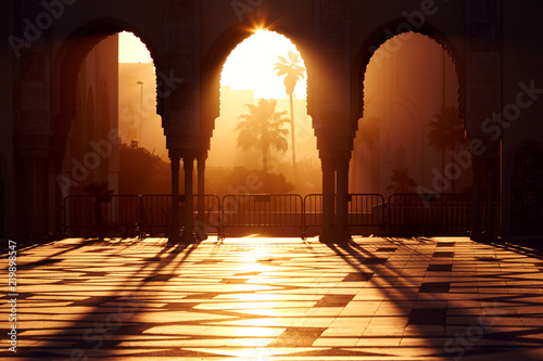 Foto Great mosque of Hassan 2 at sunset in Casablanca, Morocco